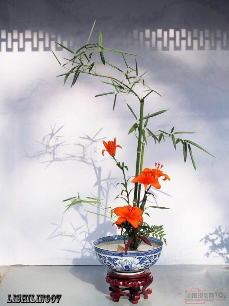石榴盆景在北京世界花卉大观园亮相